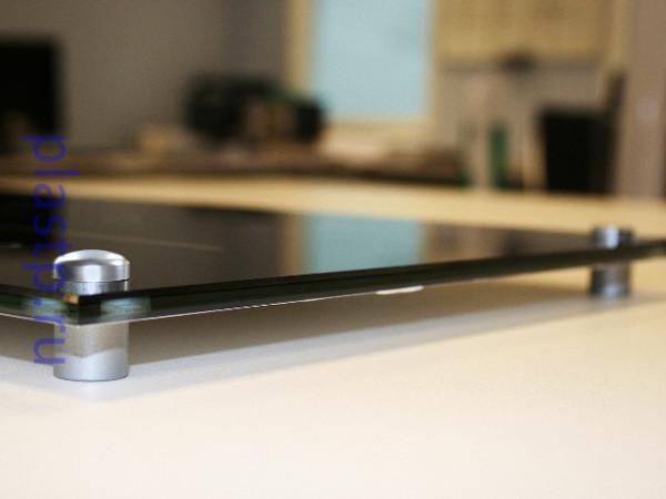 дистанционный держатель для стекла и табличек